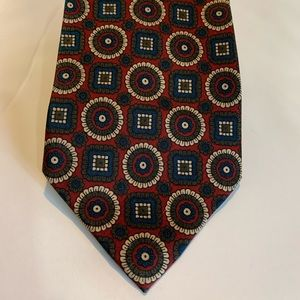 Brooks Brothers 100% silk necktie made in the USA